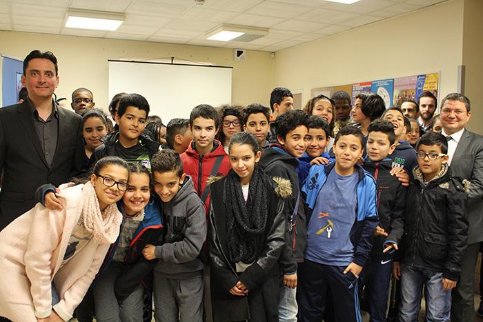 Carlos Montes d'Enedis éclaire nos élèves sur les métiers de l'électricité